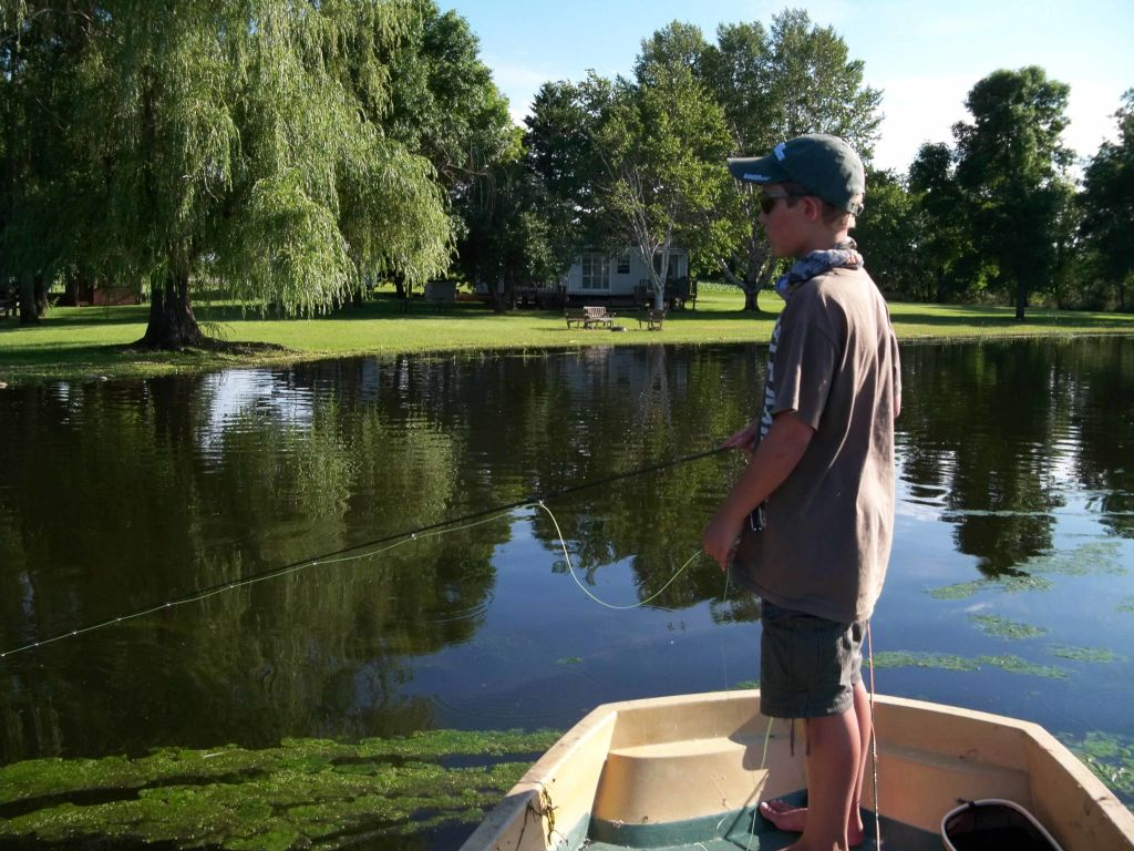 Fly fishing for bass in minnesota 3 brothers flies for Fishing in minnesota